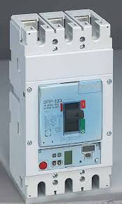 Legrand DPX³ 250, 70 KA 3P MCCB with Electronic S2 (LSI) Protection Unit - 420638